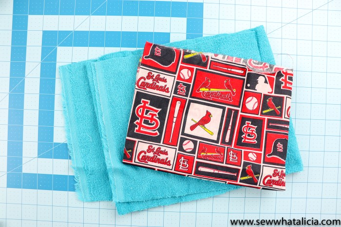 How to Make Burp Cloths: Grab the free template to cut by hand or with your Cricut Maker for these easy burp cloths. Click through for the full easy tutorial. | www.sewwhatalicia.com