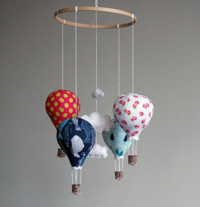 Huge List of DIY Baby Mobiles: Create one of these adorable DIY baby mobiles, or grab a baby mobile kit to make it even easier. Click through for a huge list. | www.sewwhatalicia.com