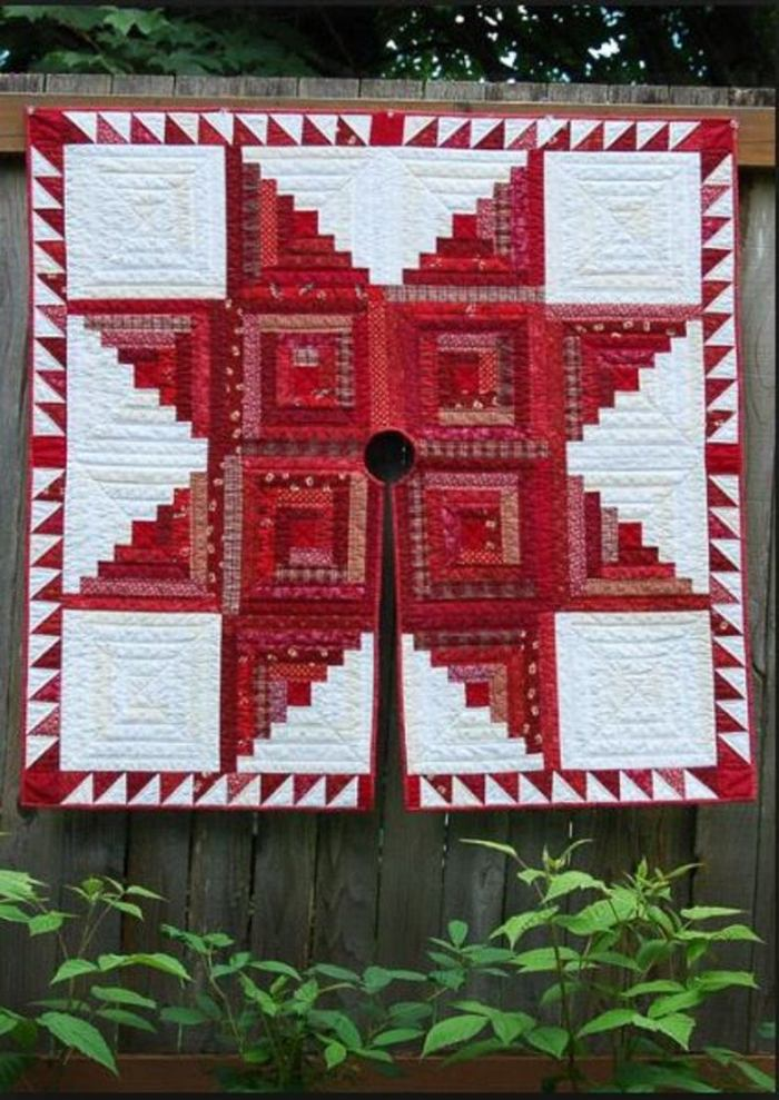 log cabin quilted Christams tree skirt