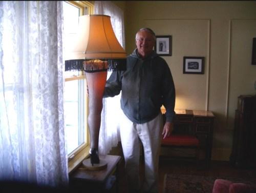 dad leg lamp