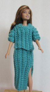 crochet sweater and long skirt