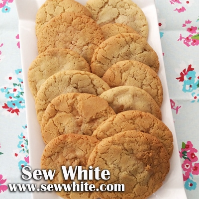 Sew White peanut butter and banana cookies 4