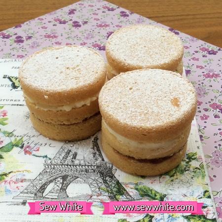 Sew White mackays jam mini cakes recipe 4