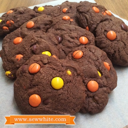 Sew White chocolate and peanut butter cookies recipe 4