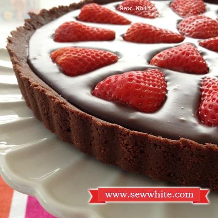 Sew White Chocolate Ganache, Strawberry and passion fruit tart 2