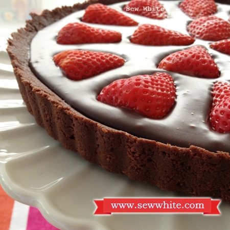 Chocolate ganache strawberry and passion fruit tart sew for White chocolate and strawberry tart