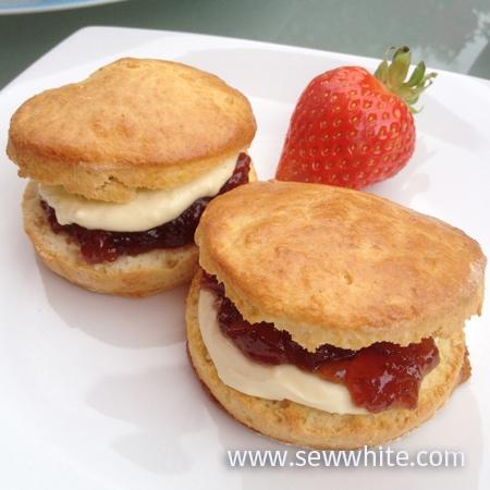 Sew White Wimbledon afternoon tea orange scones 7
