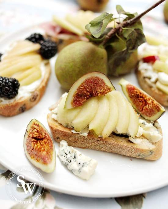 Pears on sourdough Toast blue cheese and fresh figs