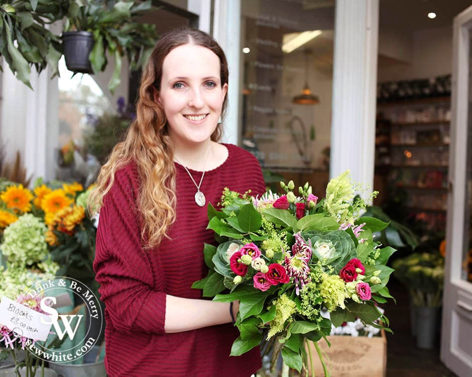 Top 5 Best Gifts for Women 2019 - Christmas Gift Guide. Learning how to make a bouquet at Gardenia of London.