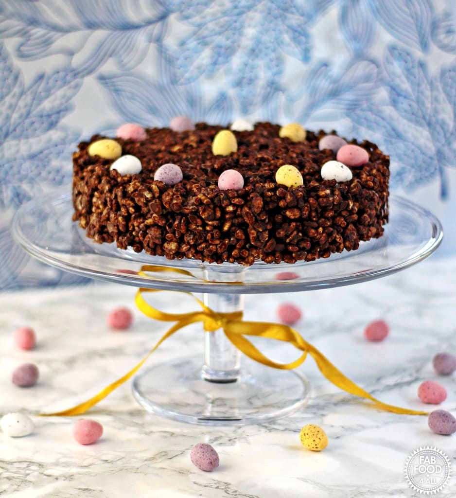 Fab Food 4 All's Mini Egg Chocolate Rice Crispy Cake