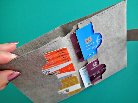 The Minimalist Free Wallet Pattern