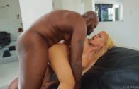 LUNA STAR GETS LEX STEELE