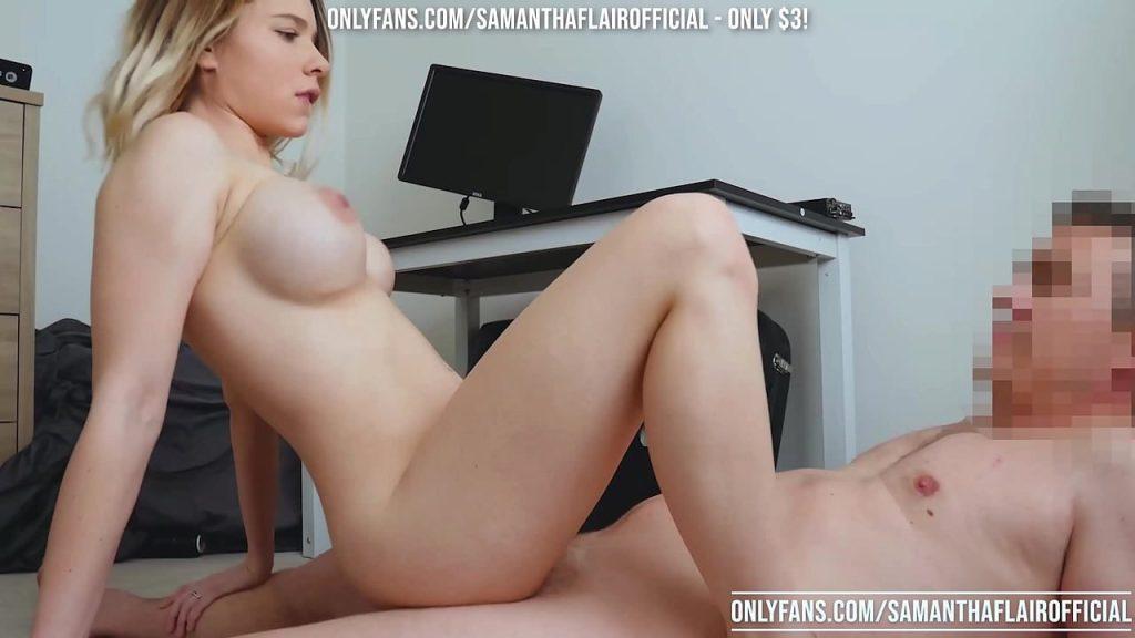Samantha Flair pegando o chefe