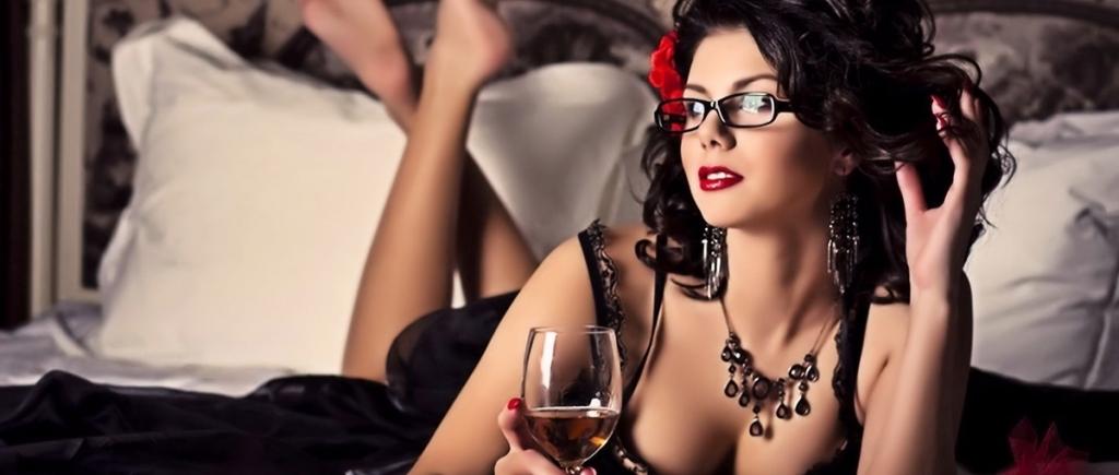 Вино стимулирует женщин к сексу