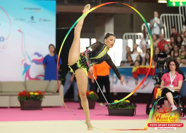 Natalia García en la final de cinta (Fuente: Facebook Foto Sport)