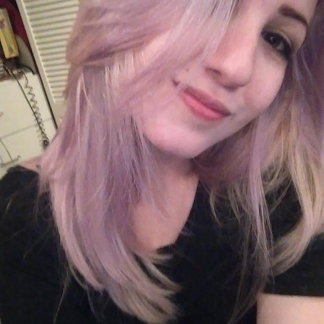 Sabrina (25)