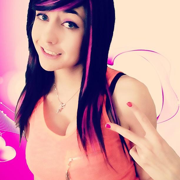 Alicebloodygirl  (2)