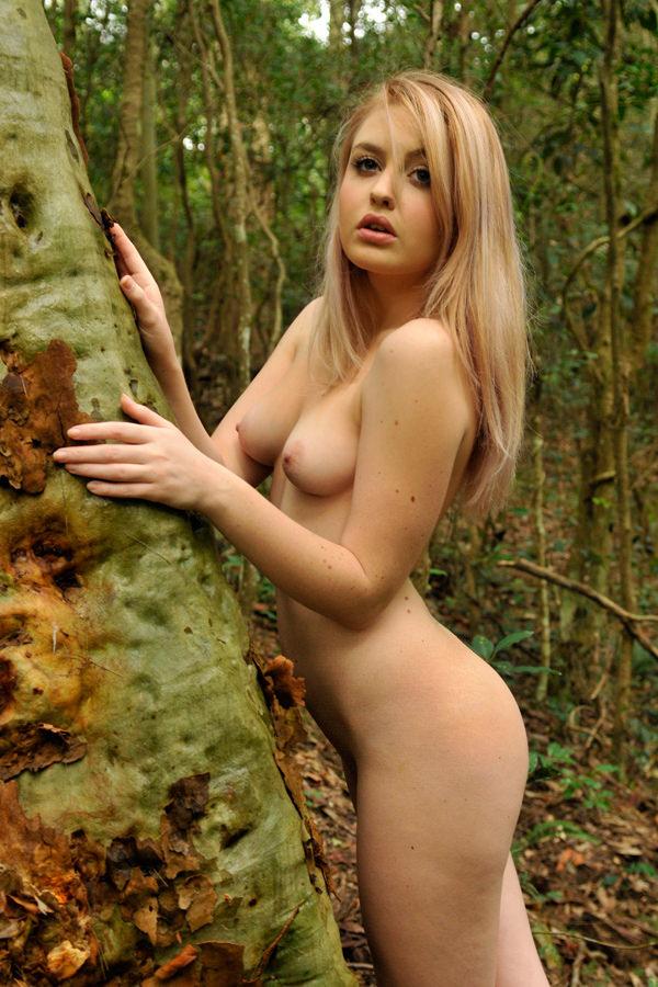 nicole arbor nude