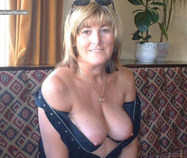 Tit Flash Medium Tits M From United Kingdom