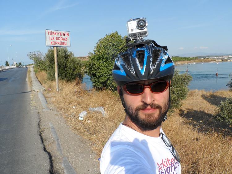 İzmir'e 250 km Kala