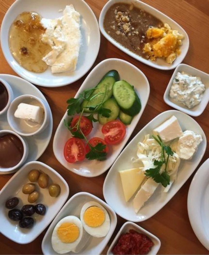 Yöresel kahvaltı yapmak istiyorsanız Van Kahvaltı Evi'ni tercih edebilirsiniz