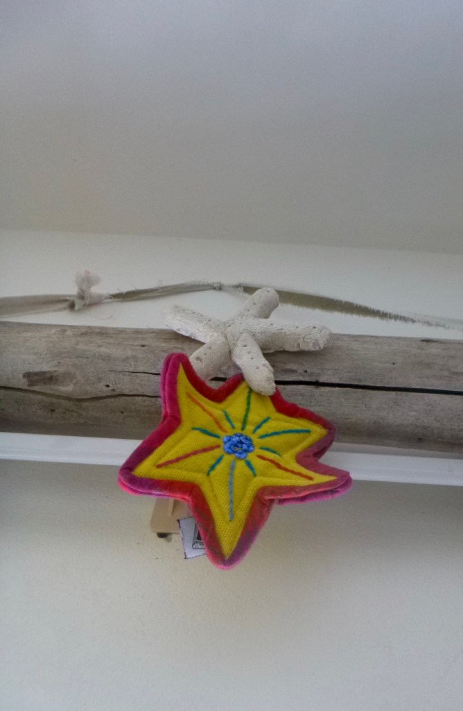 Island Christmas. Salt dough starfish driftwood