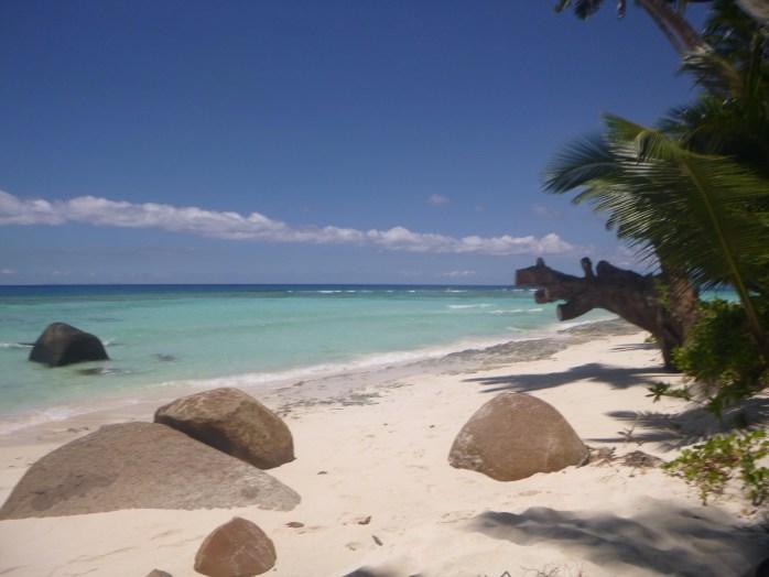 Beach Hilton Labriz Silhouette Island