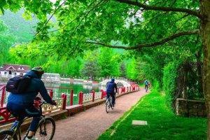 Kuğulu Tabiat Parkı'nda Bisikletçiler