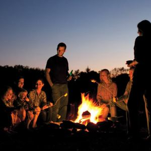 Gece Kamp Ateşi