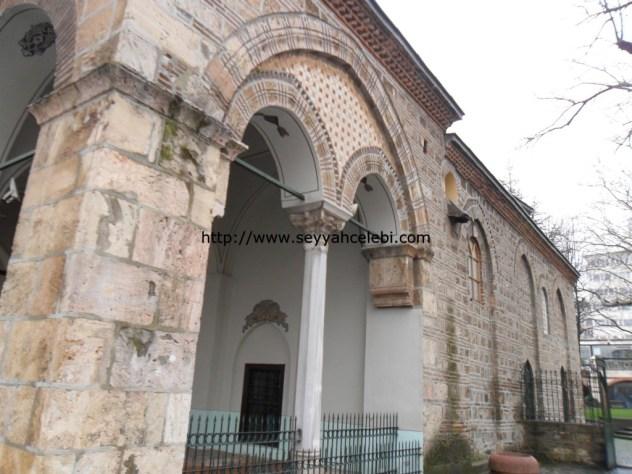 Gazi Orhan Cami Sağ Kısım Duvarları