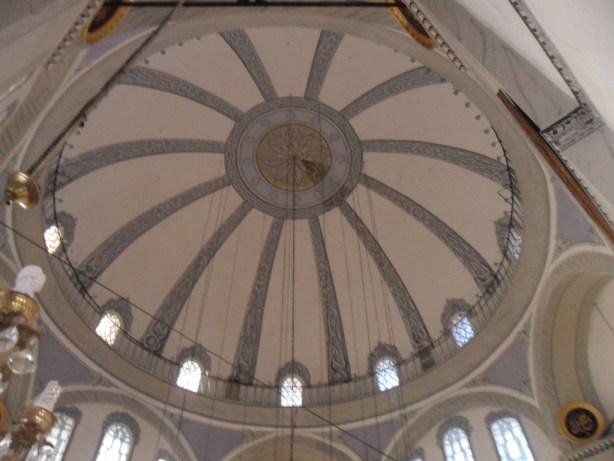 Emir Sultan Cami Tavan Süslemeleri