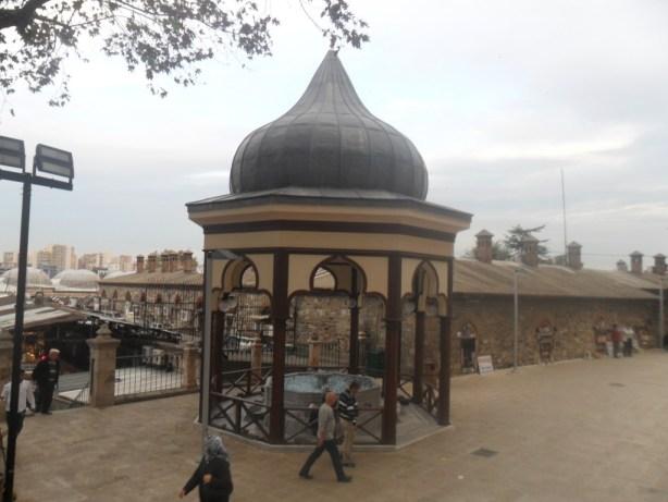 Bursa Ulu Cami Dış Şadırvan 2
