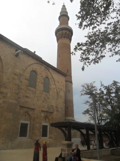 Bursa Ulu Cami Sol Minare Çapraz