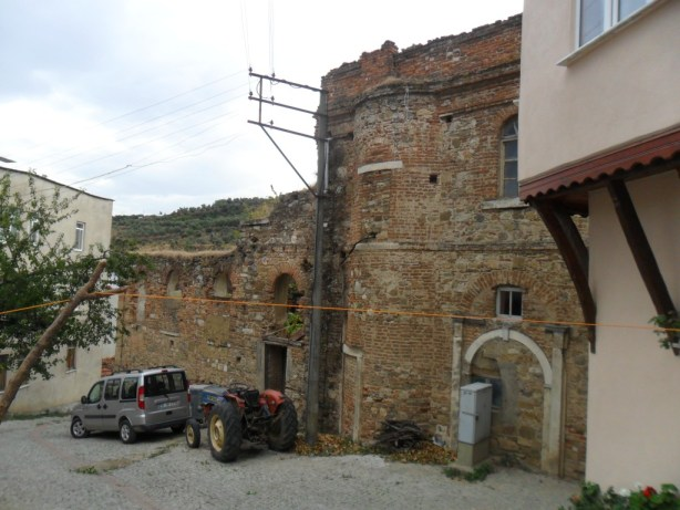 Dündar Evi Kilisesi Çapraz