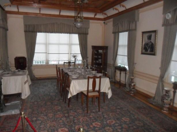 Atatürk Evi Müzesi Yemek Salonu