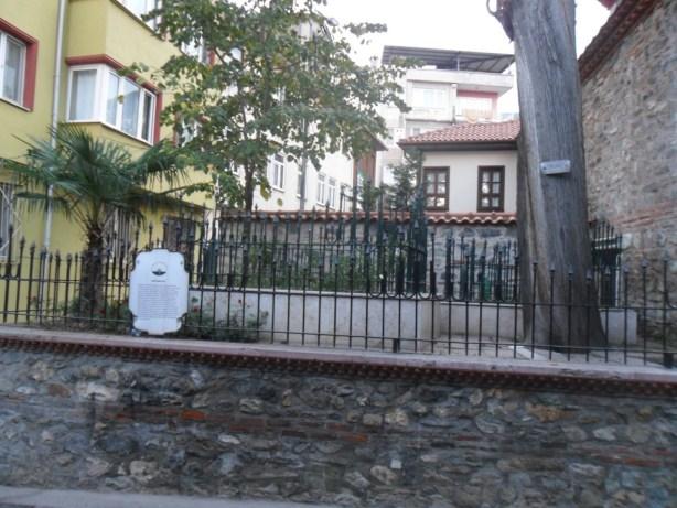 Eskici Mehmed Dede Türbesi