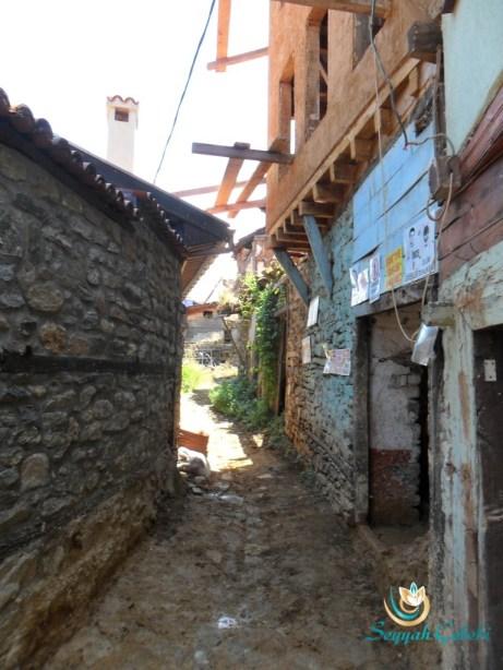Cumalıkızık Köyü Taş Sokaklar