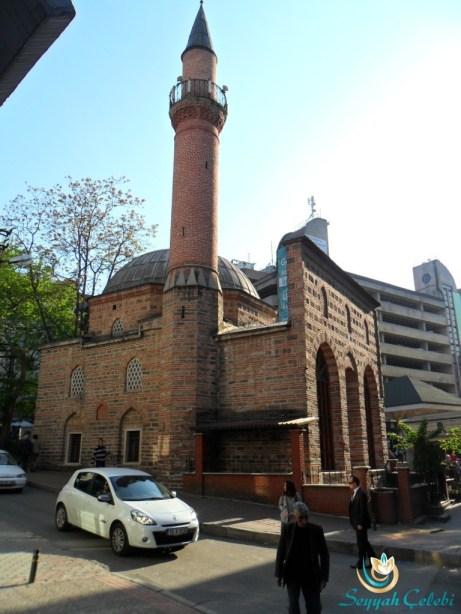 Karaşeyh Cami Yandan