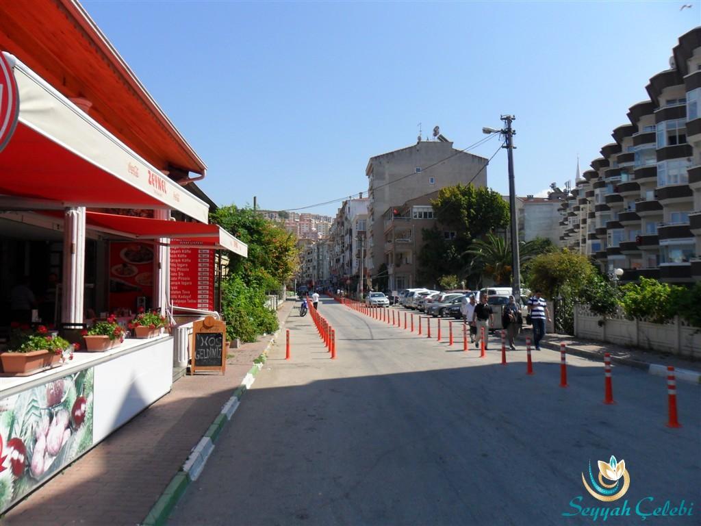 Güzelyalı Burgaz Caddeleri