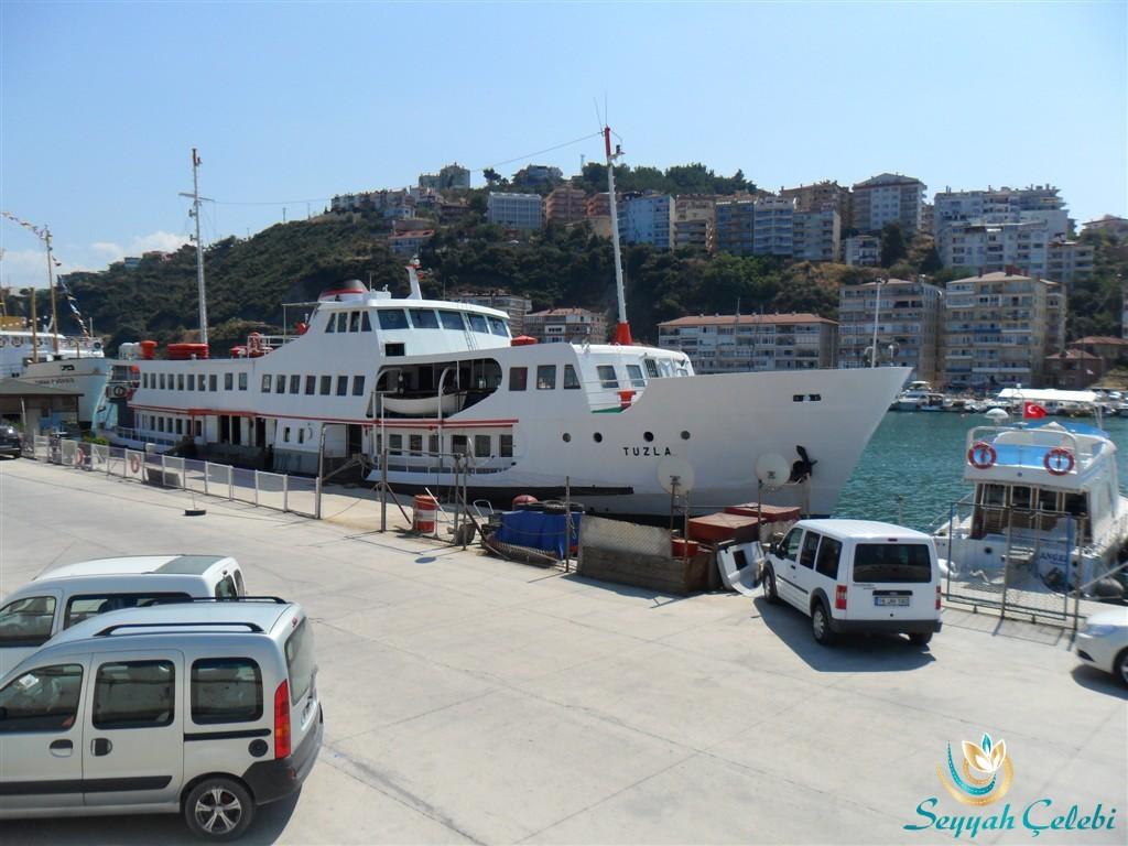 Güzelyalı Burgaz Gemi Restaurant