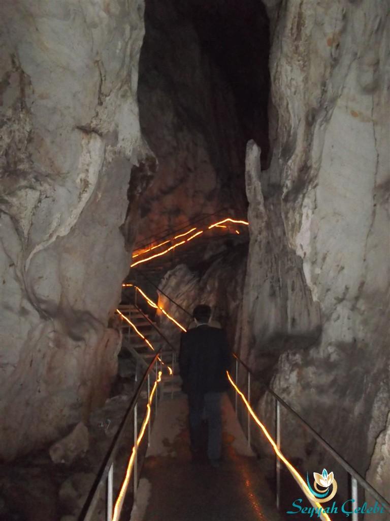 Oylat Mağarası Gezinti