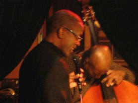 Kenny Washington scatting with Jeff Chambers on bass