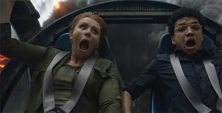 Jurassic World: Fallen Kingdom (trailer).
