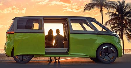 VW Bus returns in 2022 ... fully electric.
