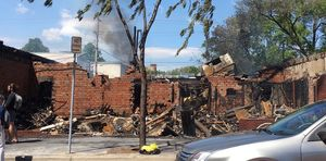 Uncle Hugo's Science Fiction Bookstore attacked and burnt to ground in riots (news).