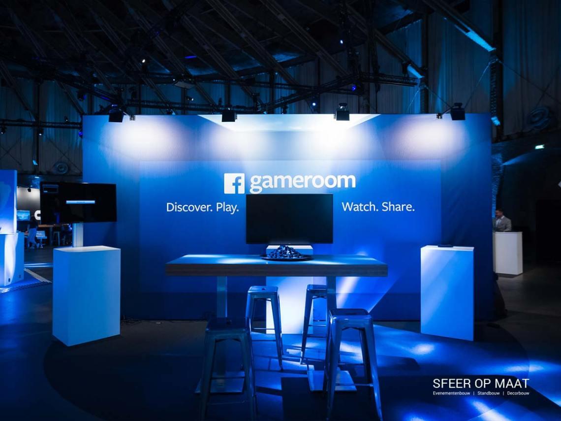 Sfeer op Maat bouwt Facebook gameroom stand bij Unite Europe 2017 in de Westergasfabriek.
