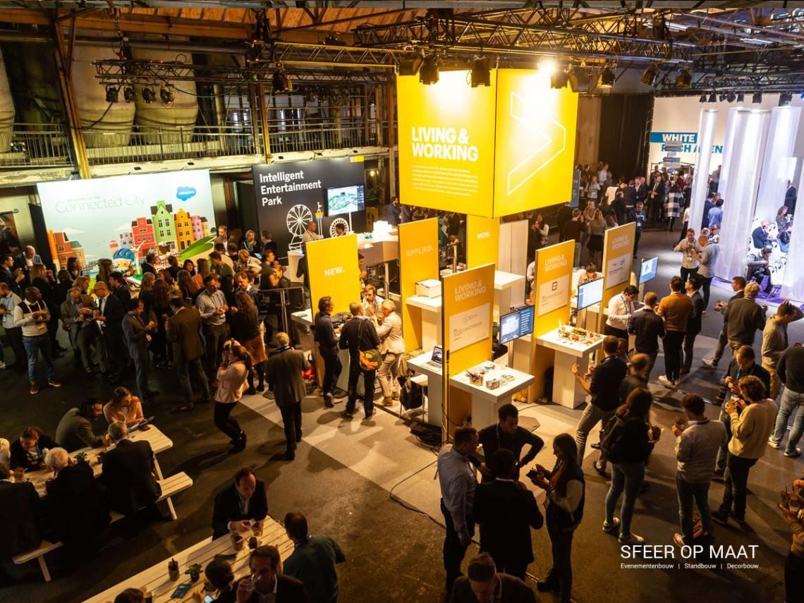 Accenture Innovatie Summit een jaarlijks evenement met Awards. Sfeer op Maat bouwde per categorie een eigen stand. Categorie Living and Working