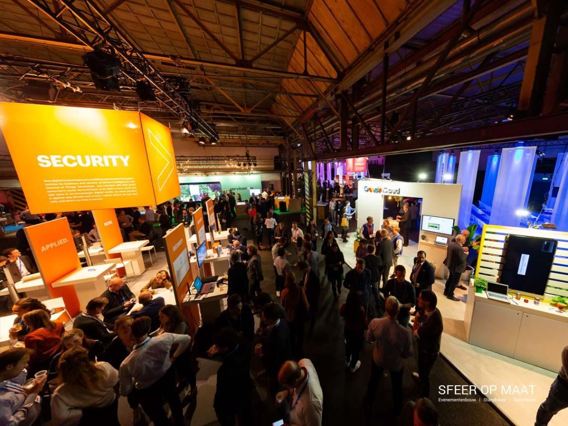 Accenture Innovatie Summit Security en Google Cloud booth geboouwd door Sfeer op Maat.