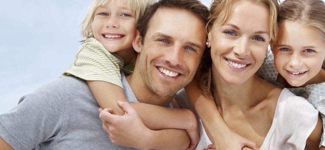 Χαρούμενοι γονείς, χαρούμενα παιδιά! !