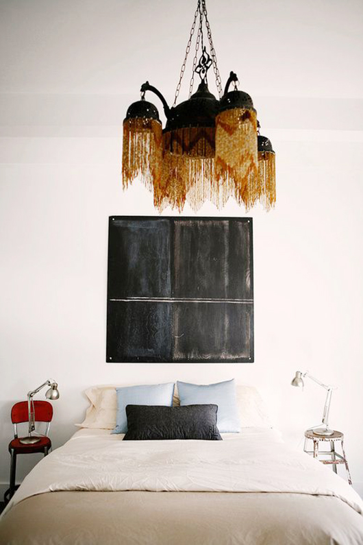 modern decor mixed with vintage flea market finds / sfgirlbybay